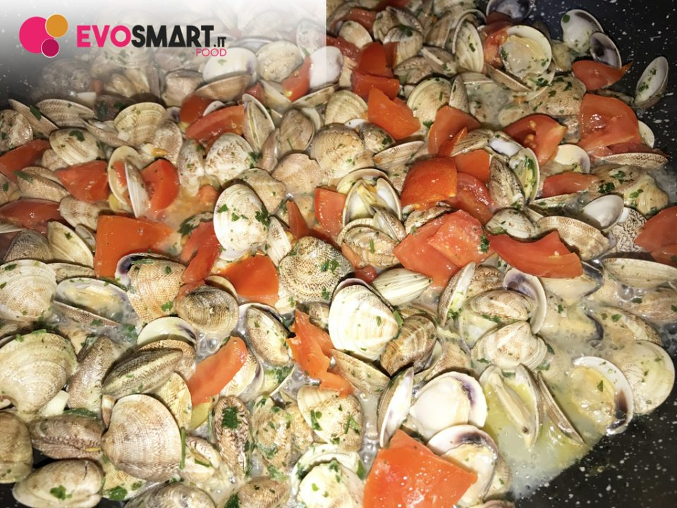 Spaghetti alle vongole | Evofood.it