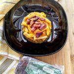 Casarecce senza glutine con crema di carote e pancetta