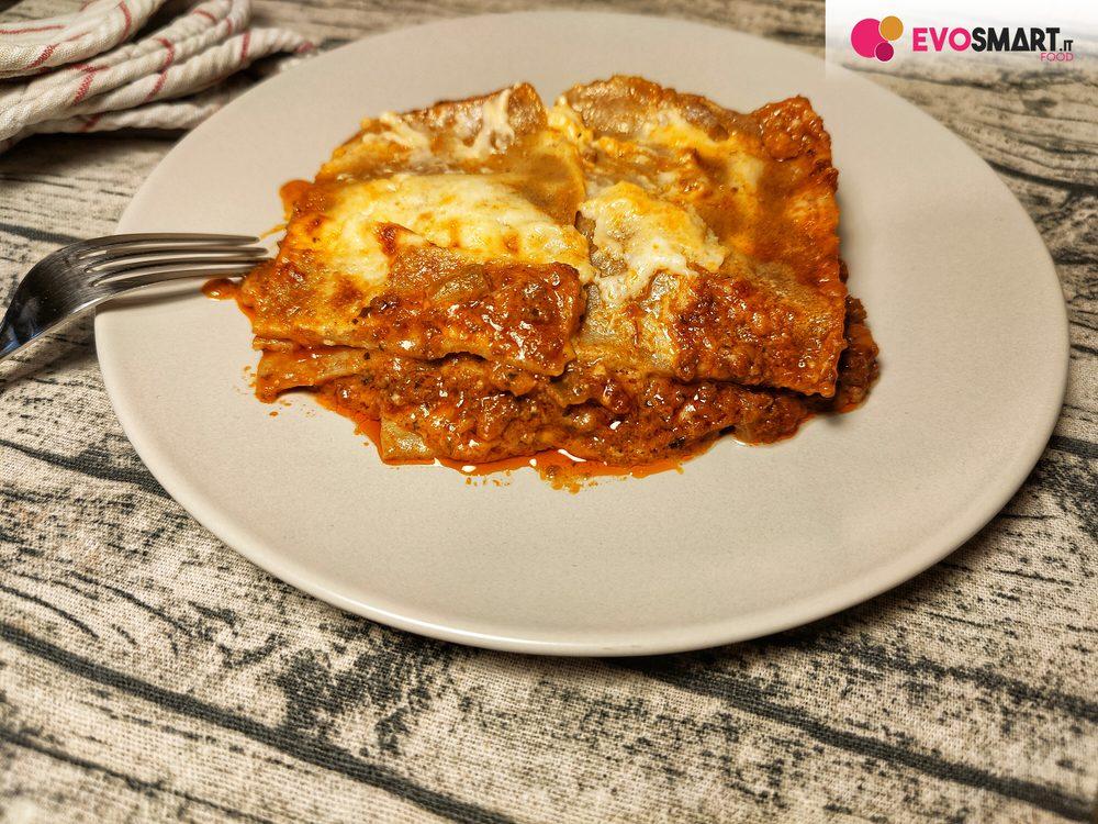Ricetta Lasagne Fatte In Casa.Pasta All Uovo Fatta In Casa Ecco Le Lasagne Della Domenica Evofood It