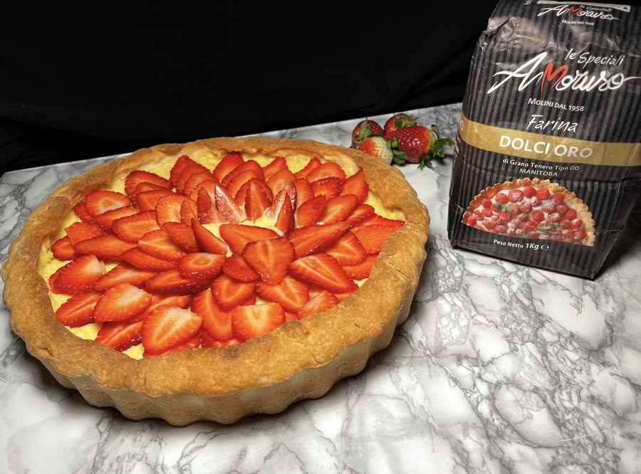 Crostata di fragole e crema: il dolce perfetto per la festa della mamma