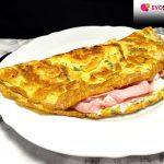 Omelette estiva con stracchino e prosciutto